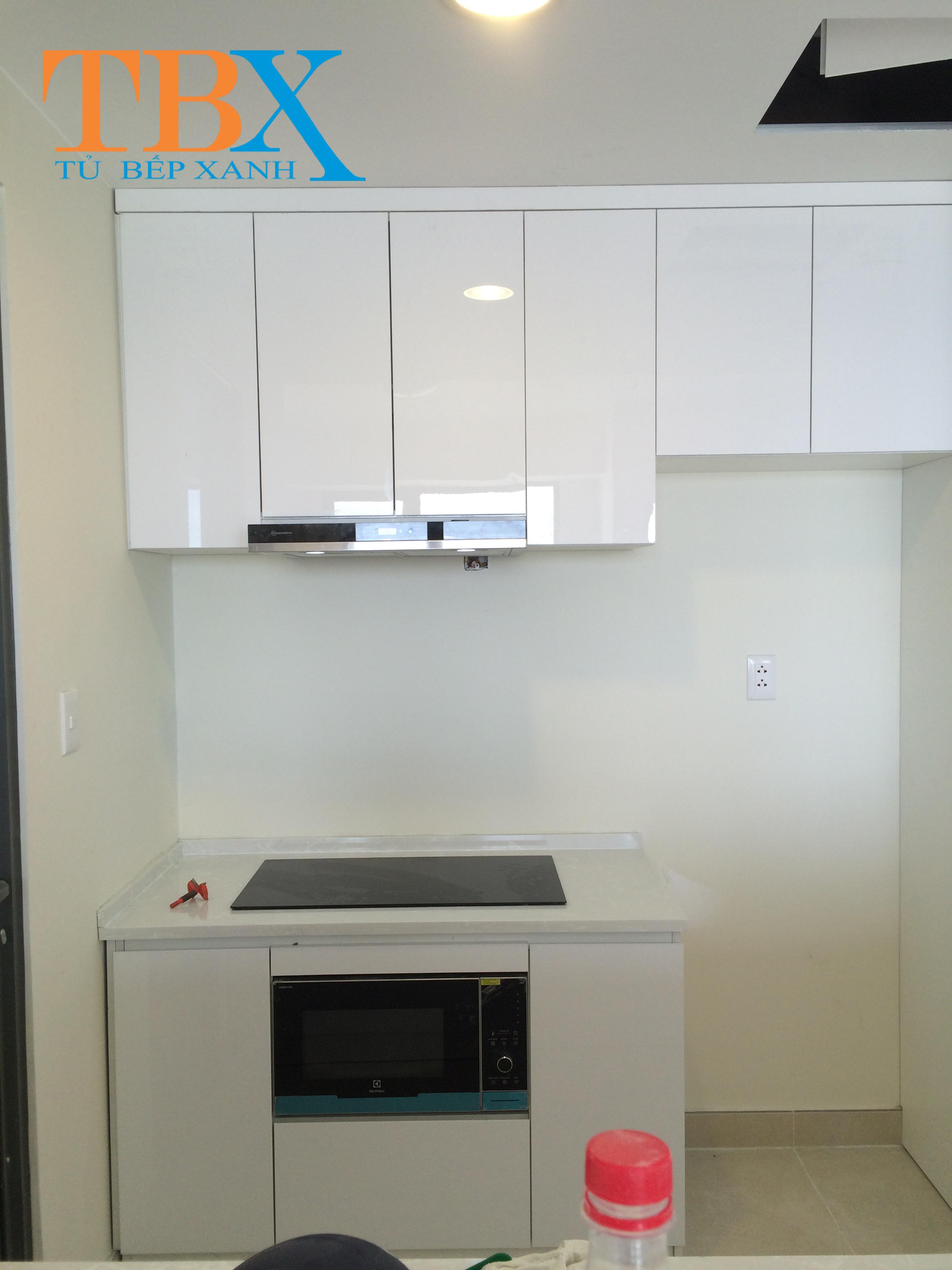 tủ bếp quận 2 đẹp acrylic