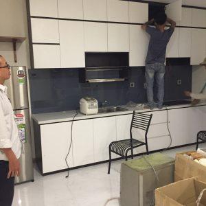 Tủ bếp melamine trắng đen 3412 chung cư vimhomes park 7 a võ