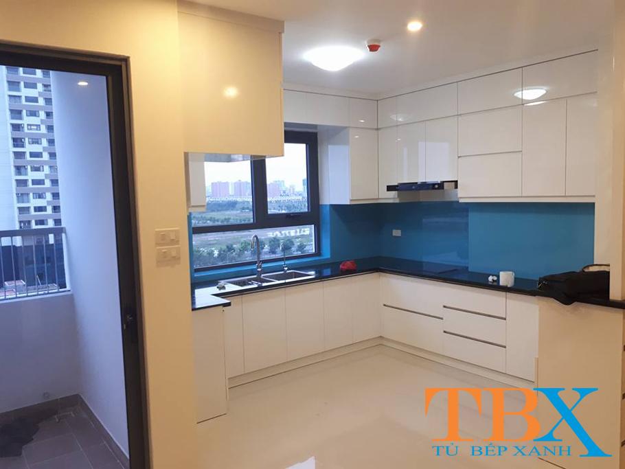 Thiết kế tủ bếp đẹp kiểu chữ L bằng chất liệu Acrylic TBXA125