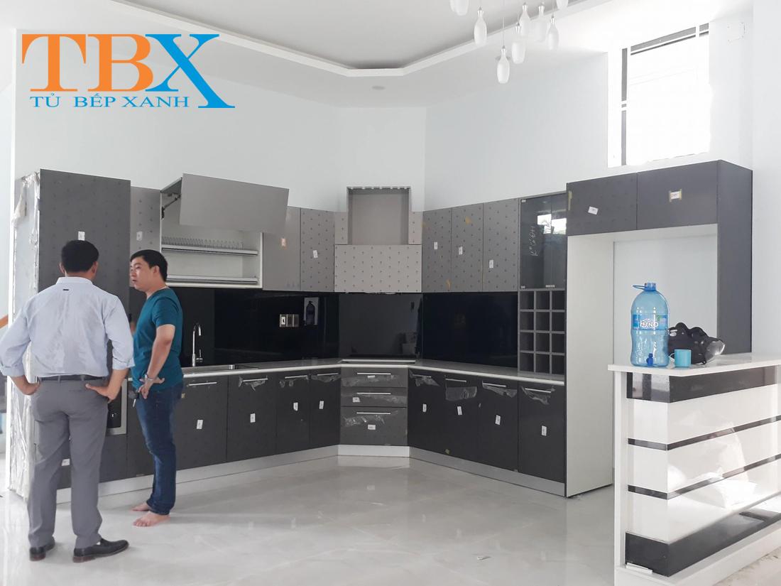 Tủ bếp Acrylic cho chưng cư cao cấp quận 2 TBXA124