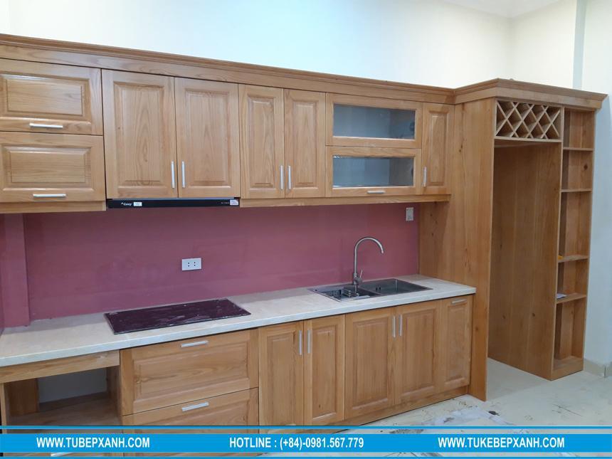 Tủ bếp gỗ sồi tự nhiên ở Bình Thạnh